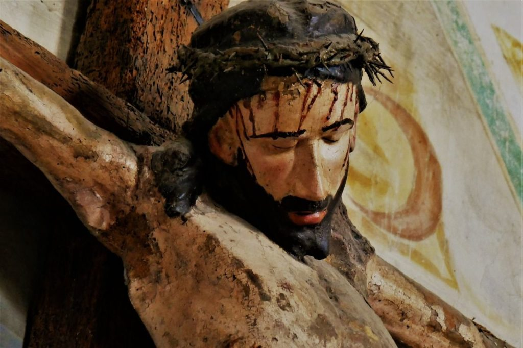 Karfreitag wurde Jesus ans Kreuz geschlagen