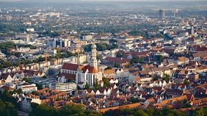 Augsburg ist Deutschlands Stadt mit den meisten gesetzlichen Feiertagen. Das Augsburger Friedensfest gerhört dazu.